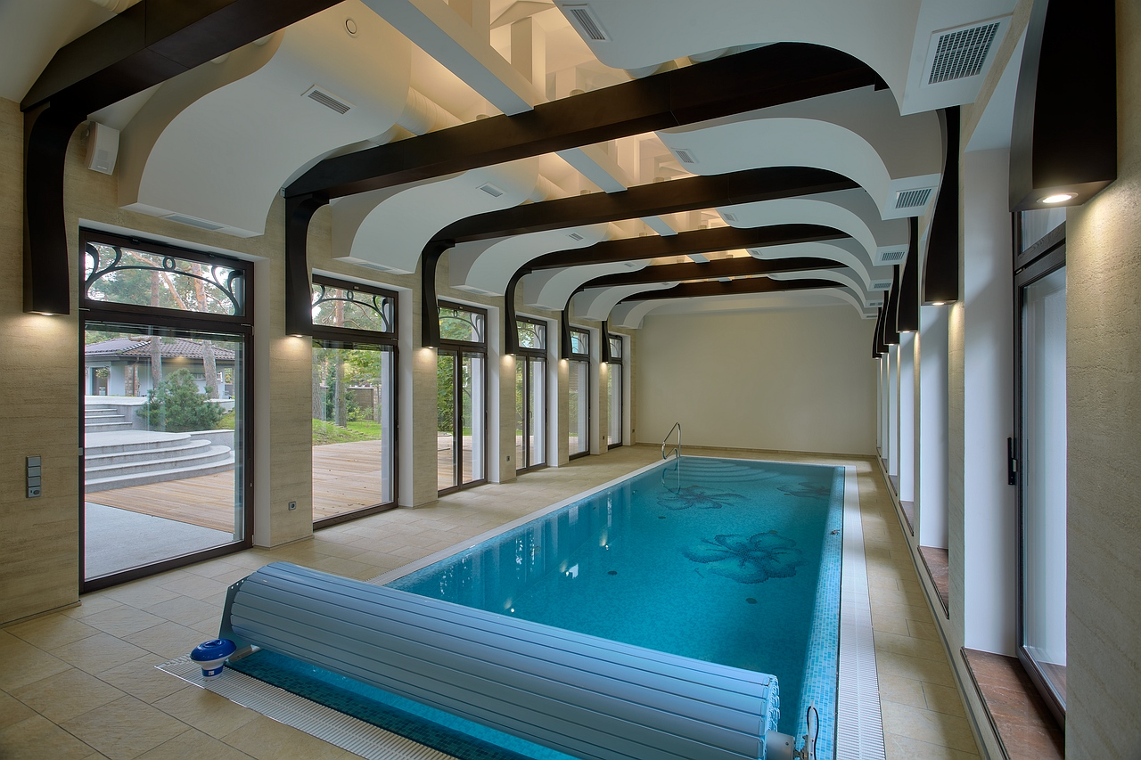 Дизайн закрытых бассейнов