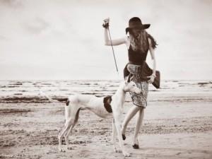 Фотовыставка «Ретро: элегантность и эротика»