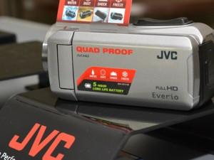 Новые видеокамеры JVC прошли экстремальный тест-драйв
