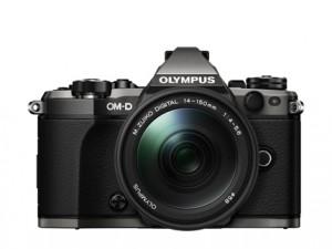 Серия камер-победителей OM-D воздает должное титановой классике 90-х