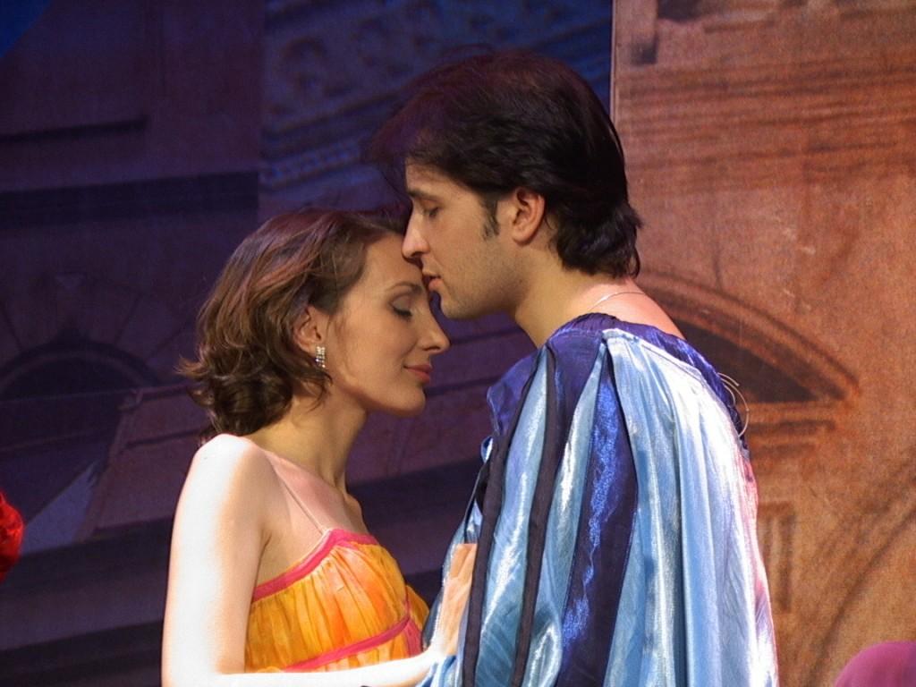 """Сцена из спектакля """"Мандрагора"""", 2001 год"""