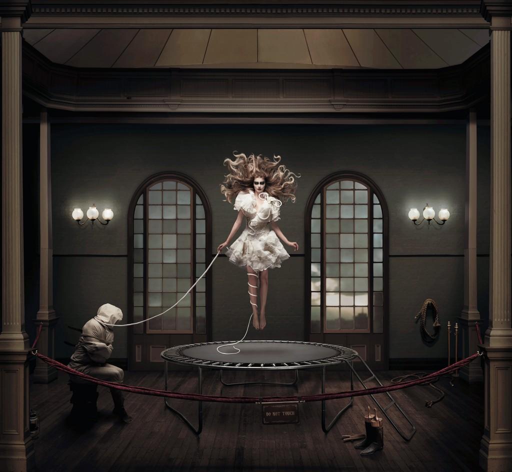 Дин Уэст. Swan, серия Fabricate. 2015