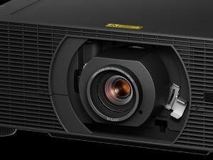 Canon анонсирует выпуск нового компактного лазерного 4K проектора